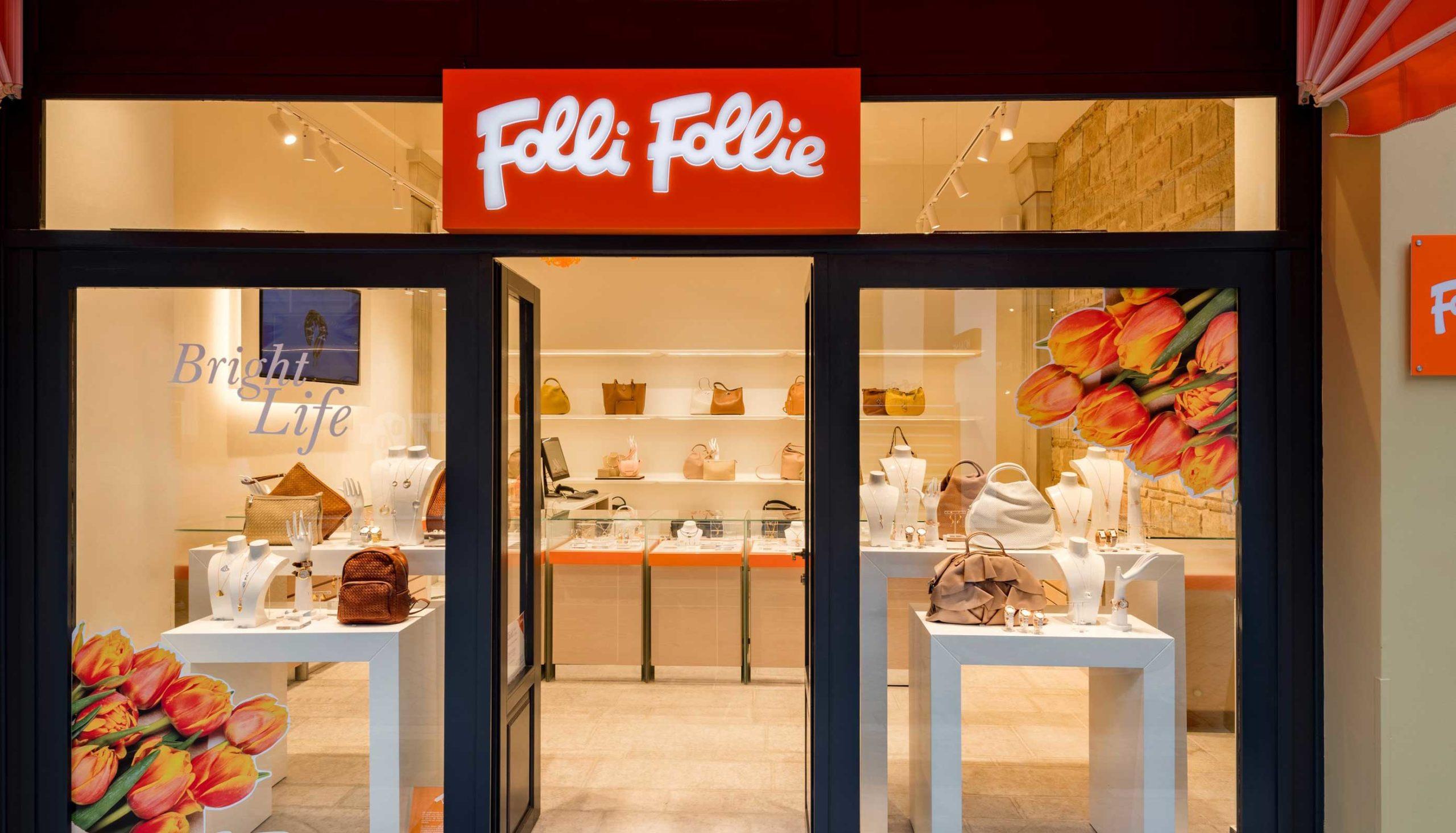 Νέο κατάστημα άνοιξε η Folli Follie στο κέντρο της Πάτρας