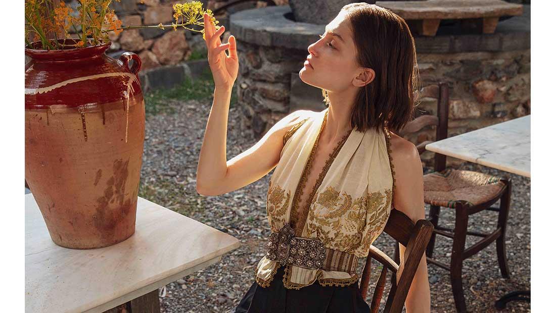 Capsule collection λανσάρει η σχεδιάστρια μόδας Ντενίζ Ελευθερίου