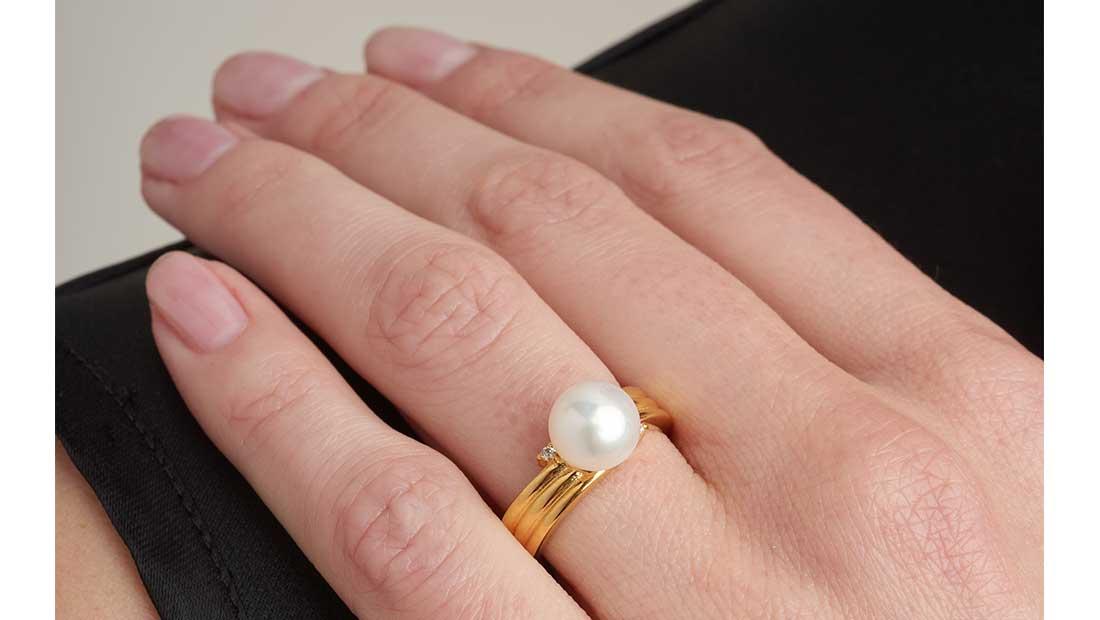 Capsule συλλογή μαργαριταριών από τη Vogue Watch and Jewellery